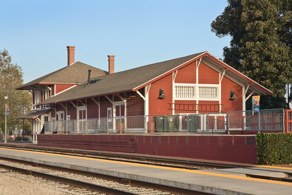 Santa Paula Mill and Depot exterior